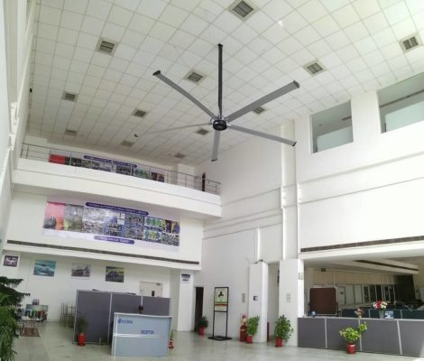 Quạt trần công nghiệp Boreas III 4,9 m 6